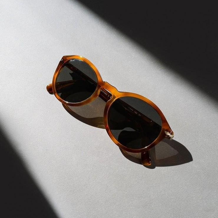 چگونه عینک آفتابی پرسول اصل را شناسایی کنیم